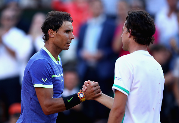 Dominic Thiem congratulates Rafael Nadal (Photo: Julian Finney/Getty Images)