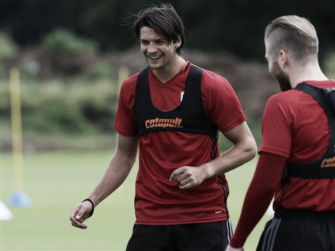 Friend (L) training with Adam Clatyon before the season begins | Photo: MFC.co.uk