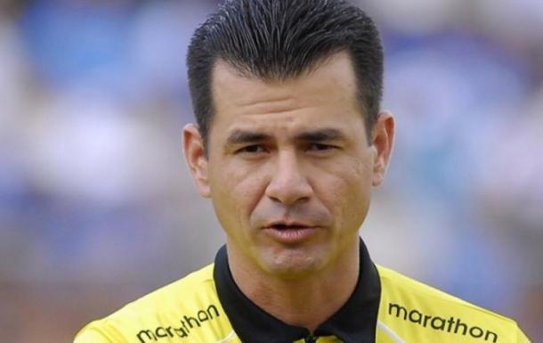 Carlos Vera, árbitro del partido Racing - Boca