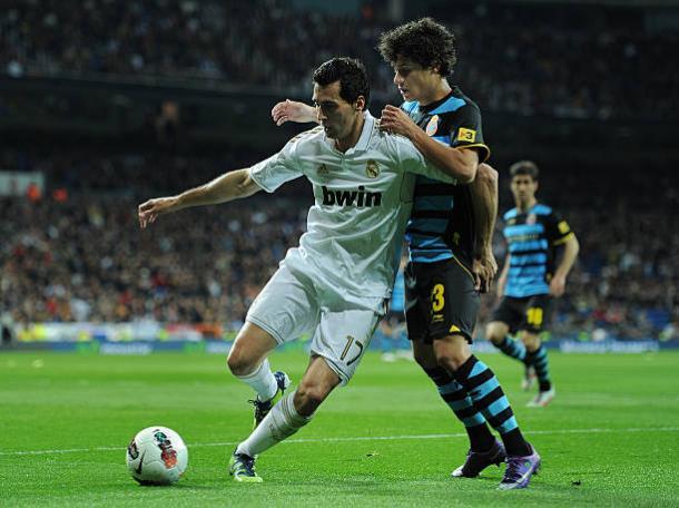 Coutinho em ação contra o Real Madrid | Foto: Jasper Juinen/Getty Images