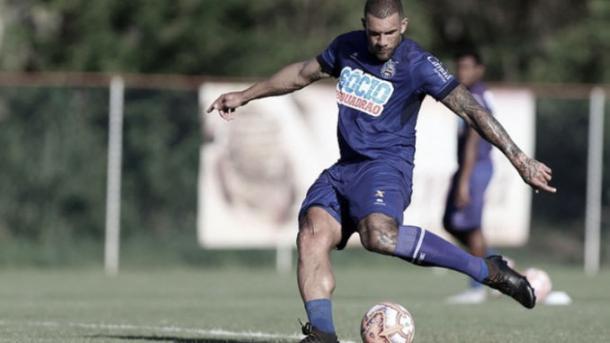 Fernandão no treinamento (Foto: Felipe Oliveira / EC Bahia)