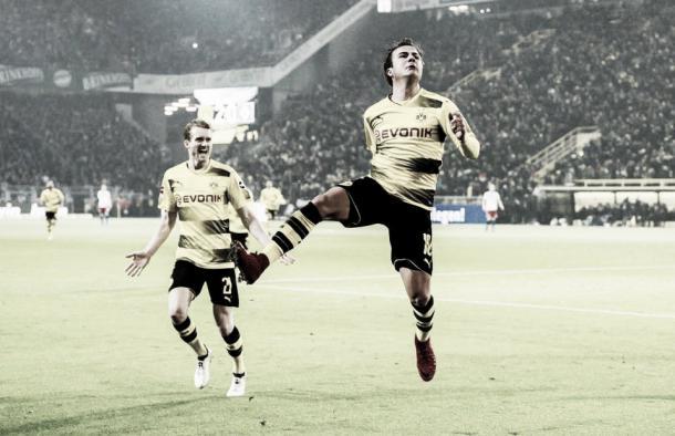 Götze y Schürrle celebran el segundo tanto ante HSV | Fuente: Facebook BVB