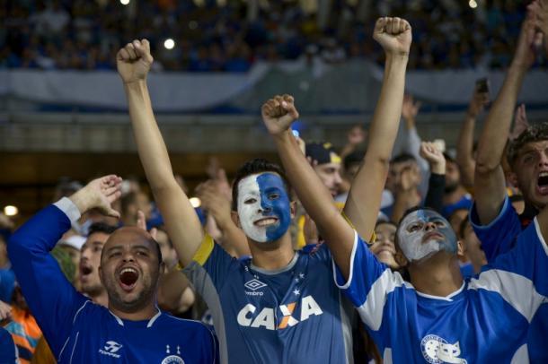 Caso consiga a liberação, Cruzeiro pode bater o recorde de público do novo Mineirão (Foto: Washington Alves/Light Press)