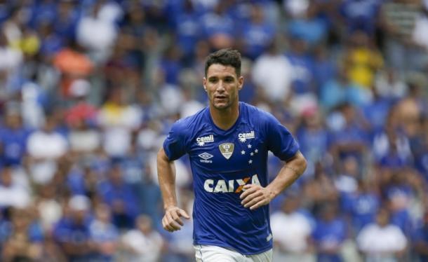 Thiago Neves foi o protagonista do jogo (Foto: Cristiane Mattos/Light Press)