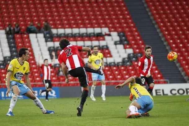 Disparo de Lekue que sirvió para empatar el partido. | Foto: Athletic Club