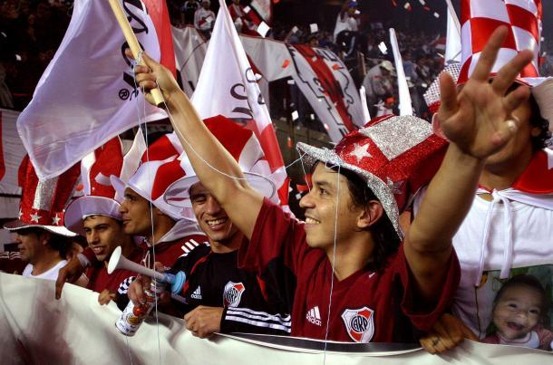 Gallardo festejando el Clausura 2004 (Foto:Olé).