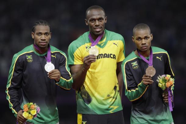 Jamaicanos tomaram conta do pódio na final dos 200 metros (Foto: Getty Images)