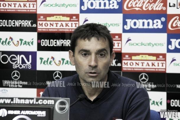 Garitano en Rueda de Prensa. Fuente: Jesús Troyano VAVEL