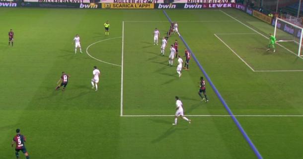 La posizione di Ninkovic sul primo gol è regolare, Honda lo tiene in gioco | twitter