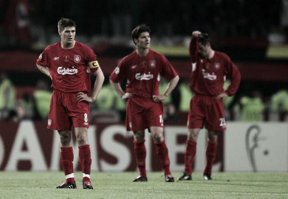 Jogadores do Liverpool decepcionados após gol do Milan. Foto:Clive Brunskill/Getty Images