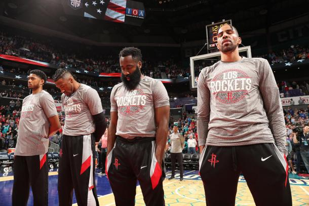 En el prepartido. Fuente: Houston Rockets