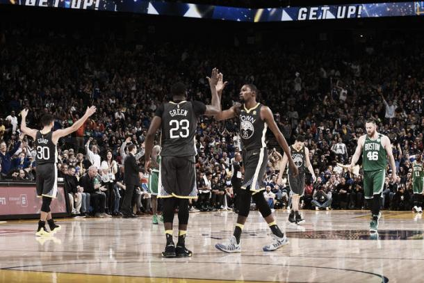 Durant celebra la victoria de esta semana ante los Celtics (nba.com)