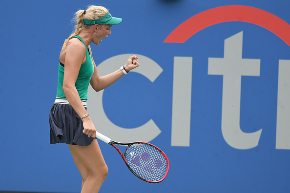 Donna Vekic celebrates winning a point | Photo: Mitchell Layton / Getty Images