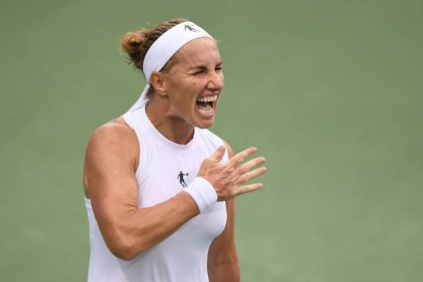 Svetlana Kuznetsova reacts after winning match point | Photo: Mitchell Layton / Getty Images