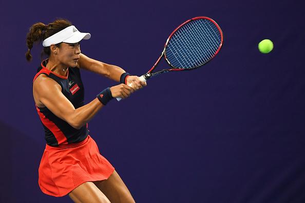 Wang Qiang bounced back to take the second set 6-2 | Photo: Zhe Ji / Getty Images