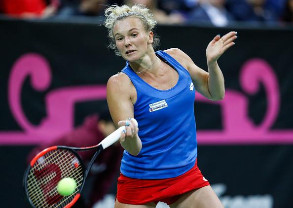 Katerina Siniakova sealed the opening set 7-5 despite being pegged back multiple times | Photo: Srdjan Stevanovic / Getty Images