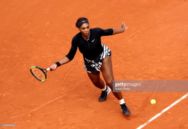 Williams in action on Court Philippe Chatrier (Getty Images/Adam Pretty)