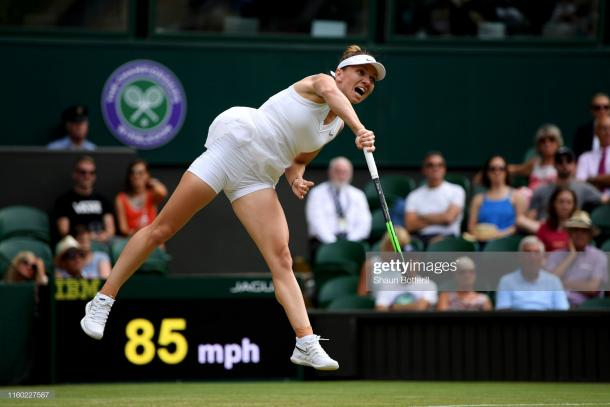 Halep in action on Centre Court today (Getty Images/Shaun Botterill)