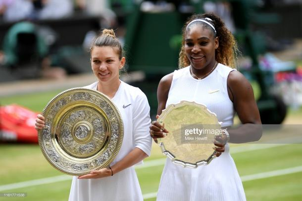 Halep and Williams with the trophies following the final (Getty Images/Mike Hewitt)