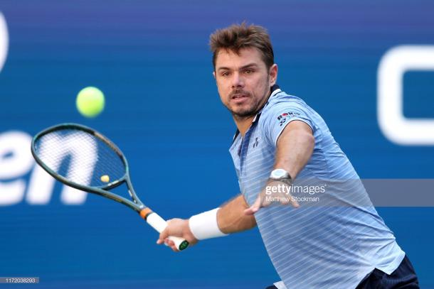 Wawrinka hits a forehand against Medvedev/Photo: Matthew Stockman/Getty Imagea via Zimbio