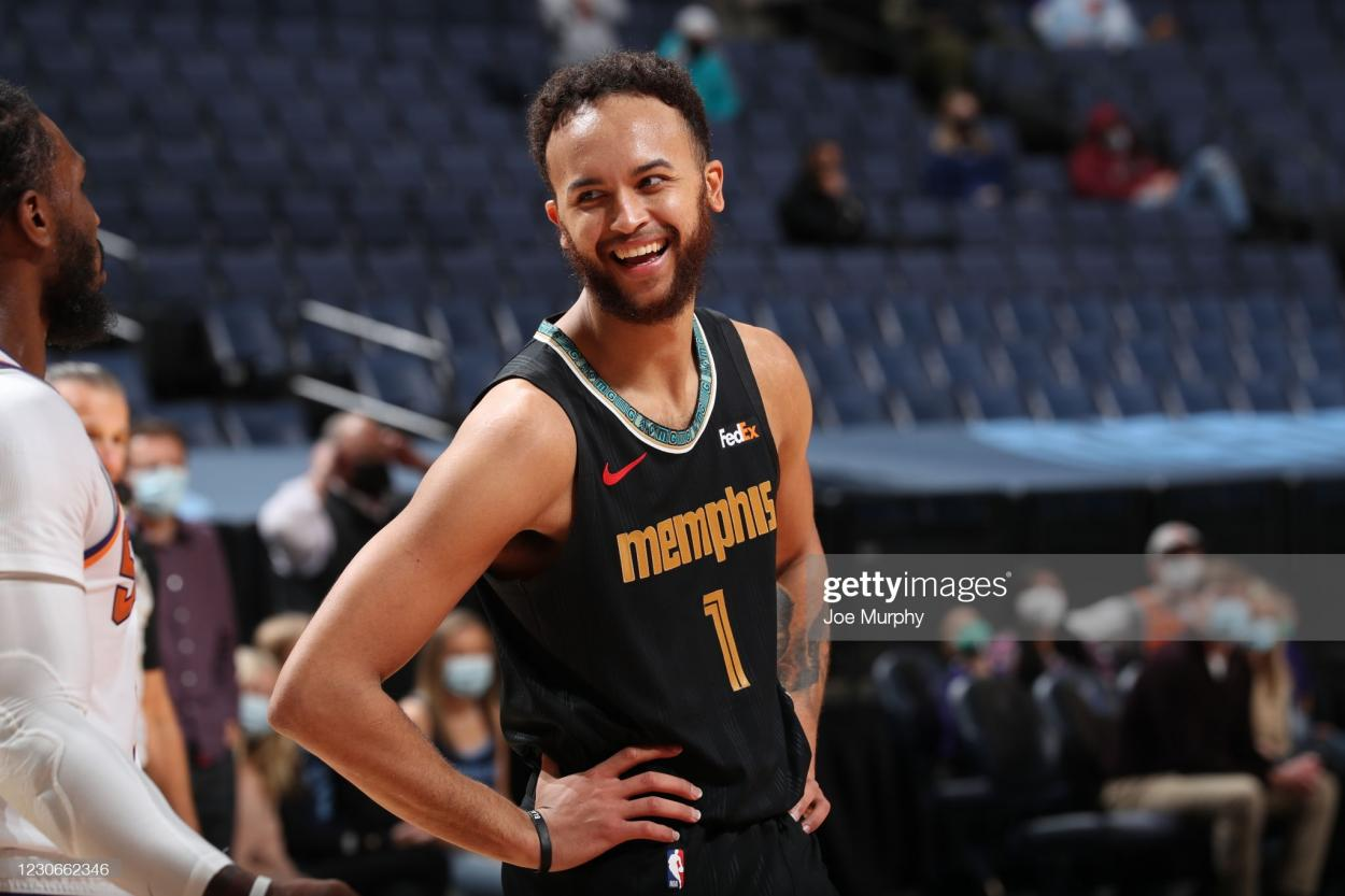 MEMPHIS, TN - JANUARY 18: Kyle Anderson #1 of the Memphis Grizzlies smiles during the game against the Phoenix Suns on January 18, 2021 at FedExForum in Memphis, Tennessee. NOTE TO USER: User expressly acknowledges and agrees that, by downloading and or using this photograph, User is consenting to the terms and conditions of the Getty Images License Agreement. Mandatory Copyright Notice: Copyright 2021 NBAE (Photo by Joe Murphy/NBAE via Getty Images)