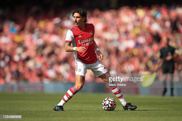LONDON, ENGLAND - AUGUST 01: Hector Bellerin of Arsenal during the Pre Season Friendly between Arsenal and Chelsea at Emirates Stadium on August 1, 2021 in London, England. (Photo by Marc Atkins/Getty Images)