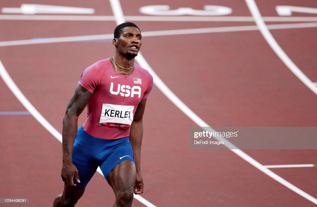 Kerley in action during his silver-medal run in the 100 meters/Photo: Berengui/DeFodi Images via <b><a href='https://vavel.com/en-us/more-sports/2021/07/26/1079594-2020-tokyo-mens-basketball-day-1-wraup.html'>Getty Images</a></b>