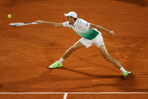 Medvedev played a sloppy match to remain winless in Paris/Photo: Julian Finney/Getty Images