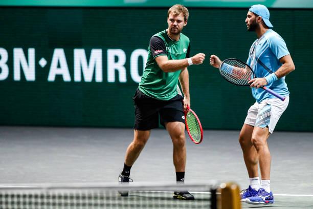 Krawietz (l.) and Tecau (r.) in doubles action/Photo: Hans van der Valk/BSR Agency/Getty Images