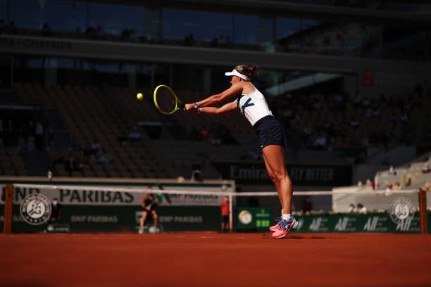 Krejcikova's backhand was the difference in the third set/Photo: Adam Pretty/Getty Images