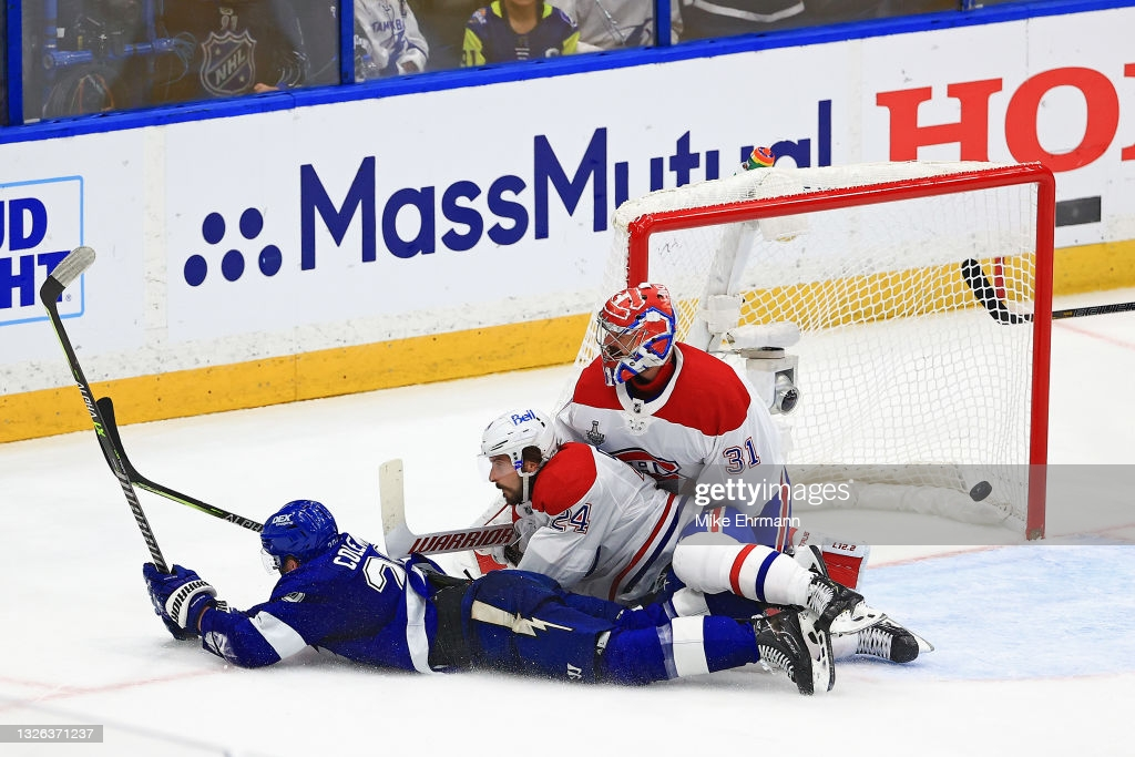 A diving Coleman (l.) beat Price for the game-winning goal/Photo: Mike Ehrmann/Getty Images