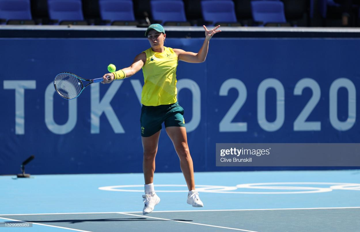 Barty hits a forehand during practice at the Olympics/Photo: Clive Brunskill/Getty Images