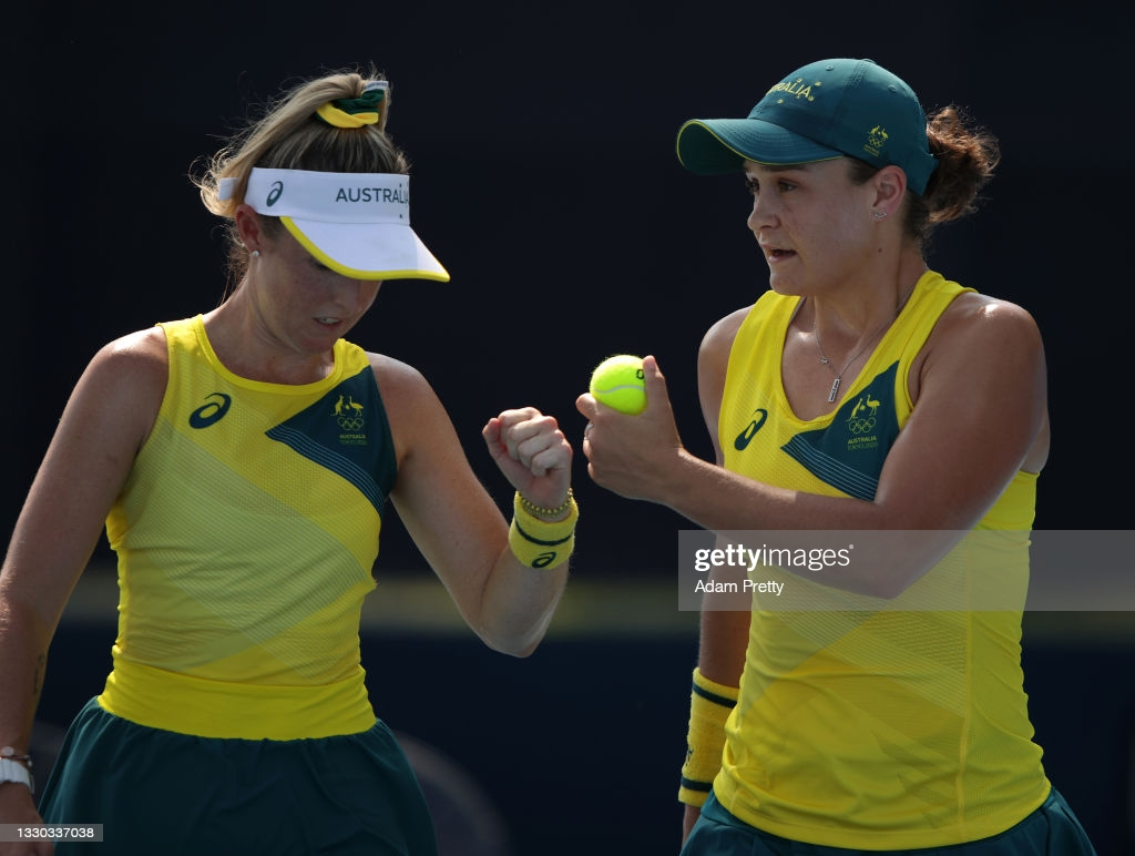 Sanders (l.) and Barty(r.) were the only seeded doubles team to win/Photo: Adam Pretty/Getty Images