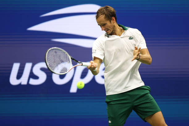 Medvedev hits a forehand during his second-round victory/Photo: Matthew Stockman/Getty Images