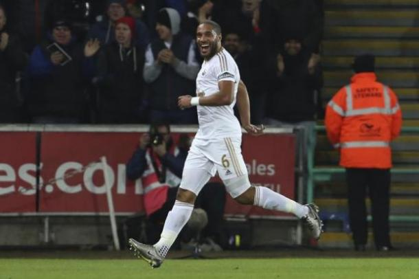 Williams celebra el gol de la victoria | Foto: Swansea City