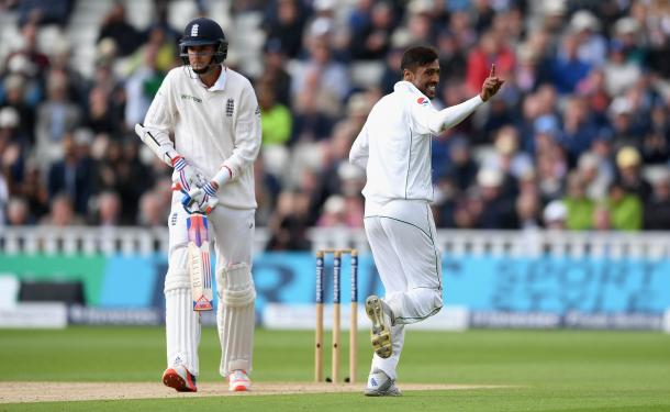 Amir strikes with the new ball (photo : Getty Images)