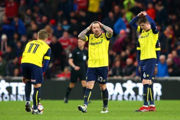 Los jugadores del Oxford tras el tanto de Stuani. Foto: Getty Images
