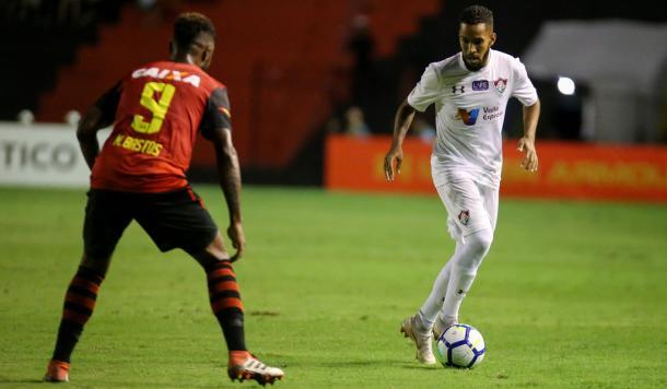 Atacante Everaldo estreou e participou do lance que gerou segundo gol do Flu (Foto: Lucas Merçon)