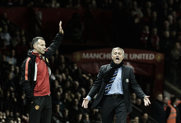 Giggs and Mourinho on opposite sides when United met Chelsea in October 2014 | Photo: Paul Ellis/ AFP