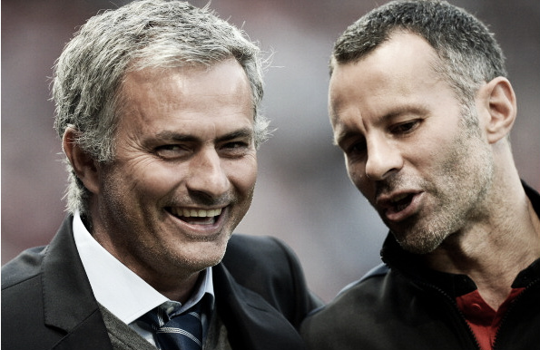 Mourinho and Giggs share a joke and could team up together (Photo: Andrew Yates / Getty Images)