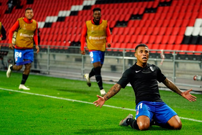Machis celebra su gol al PSV   Foto: Pepe Villoslada /Granada CF