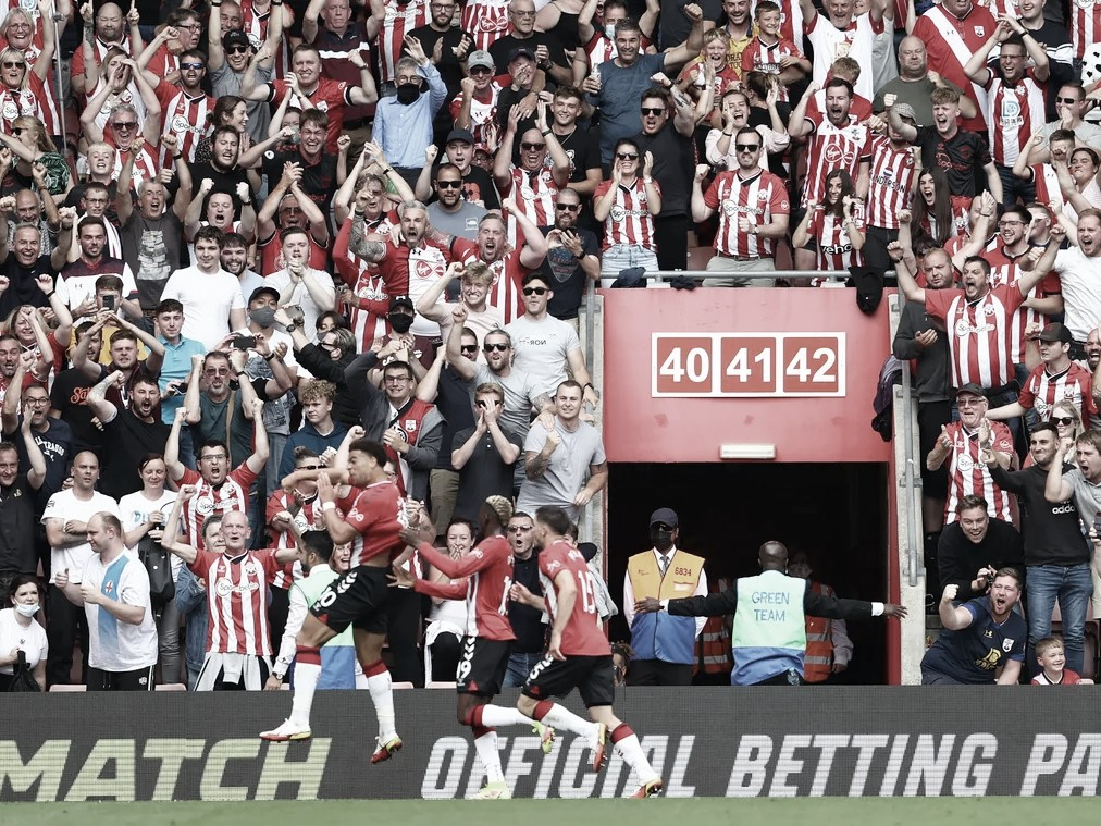 Che Adams abrió el marcador   Foto: Premier League