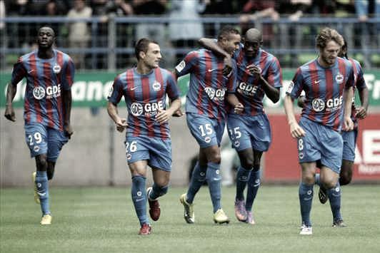 Los jugadores del SM Caen celebrando un gol | Foto: Página oficial SM Caen