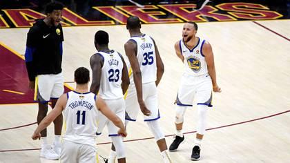 Los Warriors celebrando una victoria | Fuente: Warriors