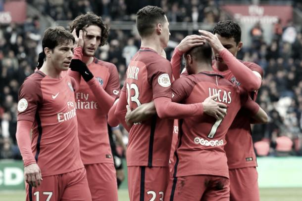 Los jugadores parisinos celebran un gol contra el Bastia | Foto: Página oficial PSG