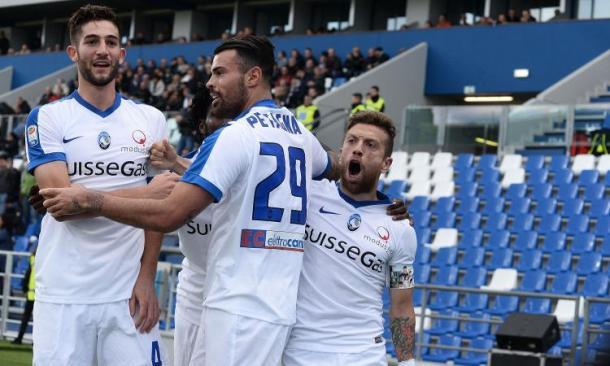 L'Atalanta esulta dopo un goal al Sassuolo nel match d'andata | Source: calciomercato.com