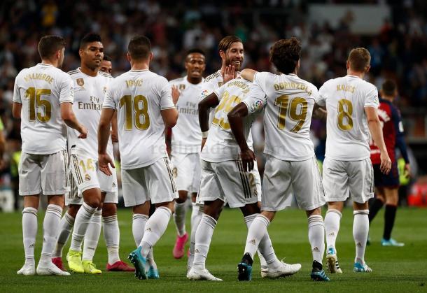 Los jugadores del Madrid celebran el gol de Vinicius Jr / Foto: Real Madrid
