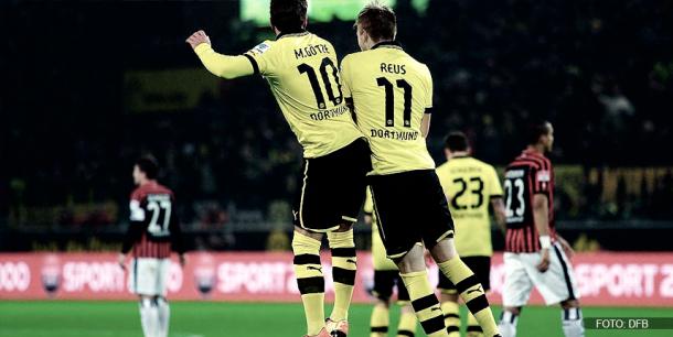 Reus y Götze haciendo su particular celebración | Foto: DFB
