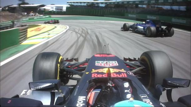 Ricciardo impegnato nella sua rimonta | twitter