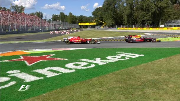 Il sorpasso di Daniel Ricciardo su Raikkonen   twitter